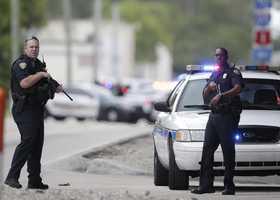 Fort Lauderdale airport, shooting
