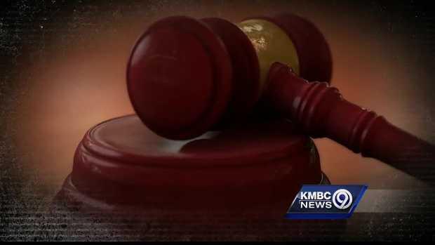 Man allegedly tricks KC women in porn scheme