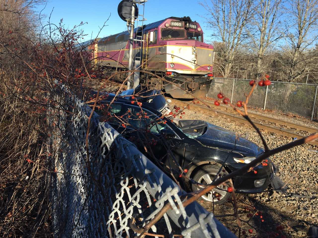 1 dead after auto collides with Commuter Rail train in Holbrook