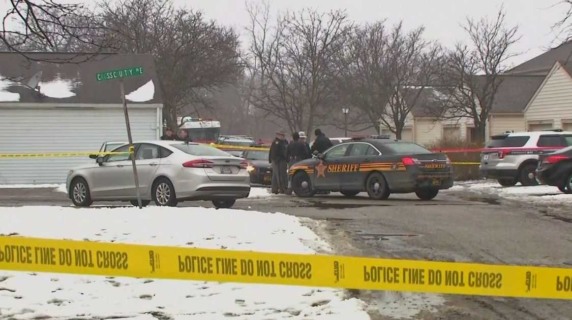 Two police officers fatally shot in Ohio