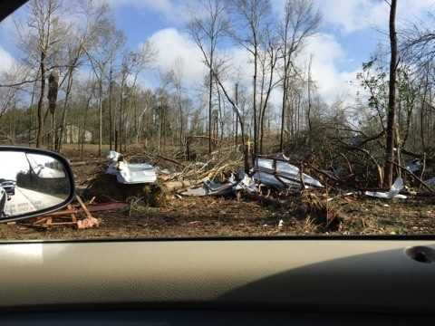 3 people dead after tornadoes rip through South Mississippi