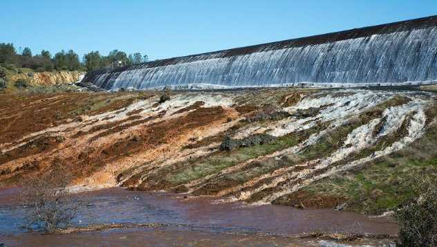 Oroville emergency spillway