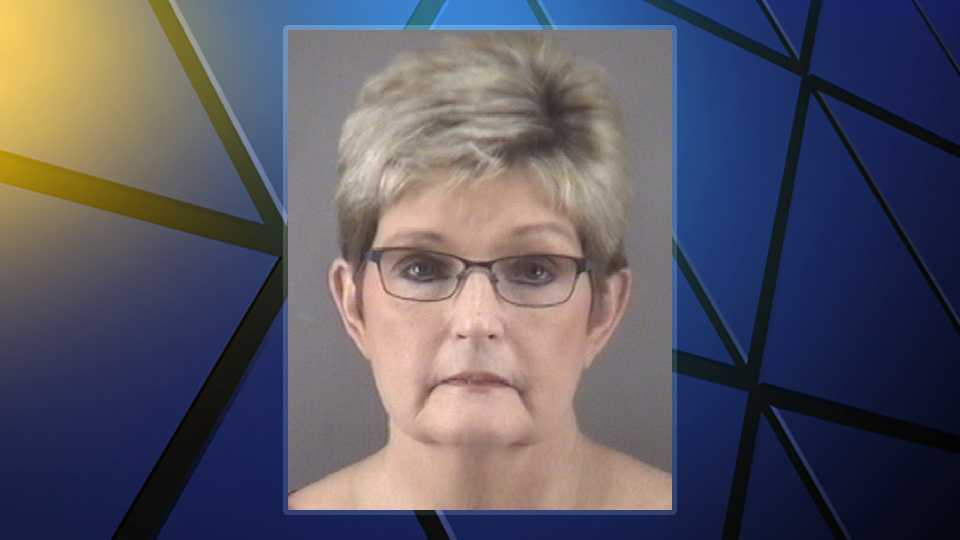 Pinnacle woman charged with embezzlement