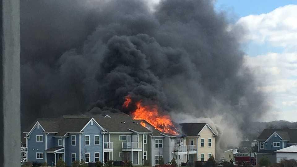 Thumbnail Crop Resize Breaking Huge Fire Rips Through