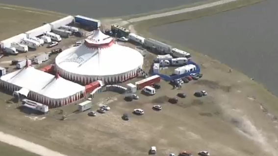 Five hurt in tightrope accident in Florida circus