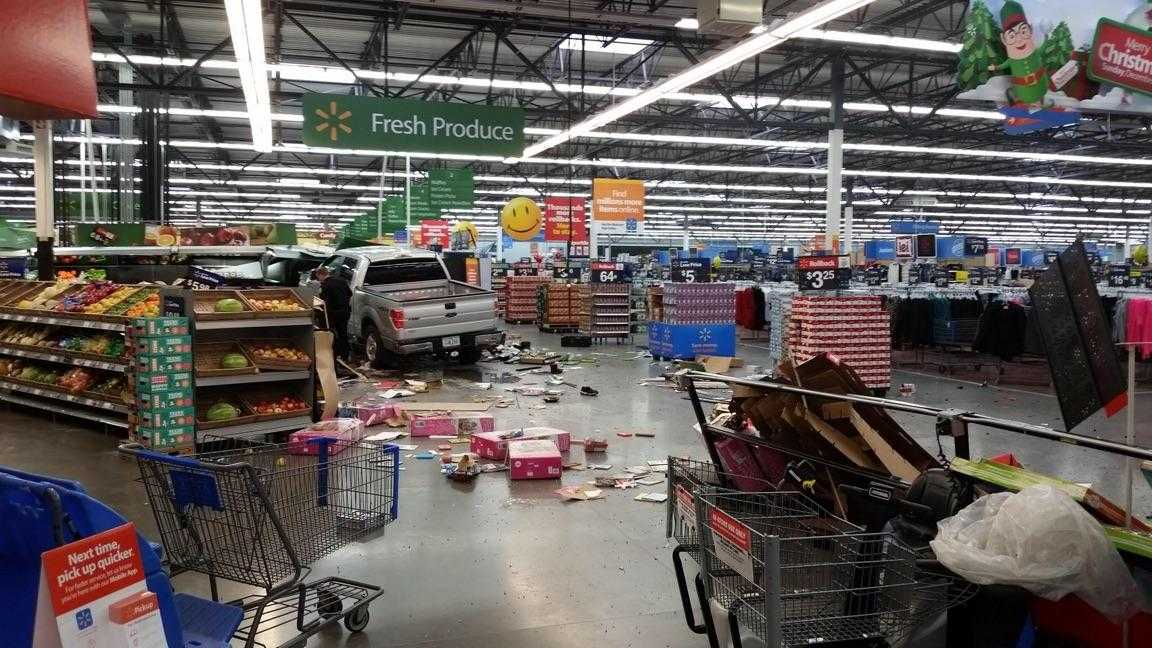 Authorities Name 3 Killed 2 Injured In Fatal Walmart Crash