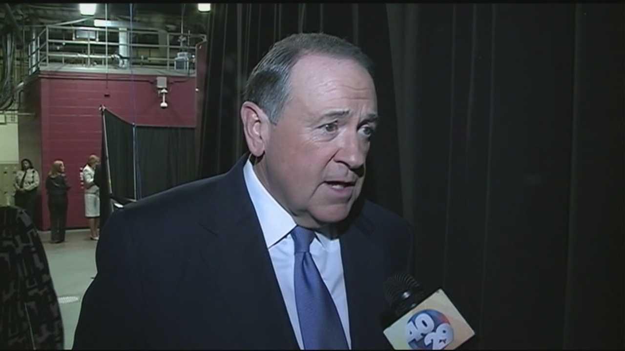 Gov. Huckabee tells 40/29 News he will visit Arkansas soon