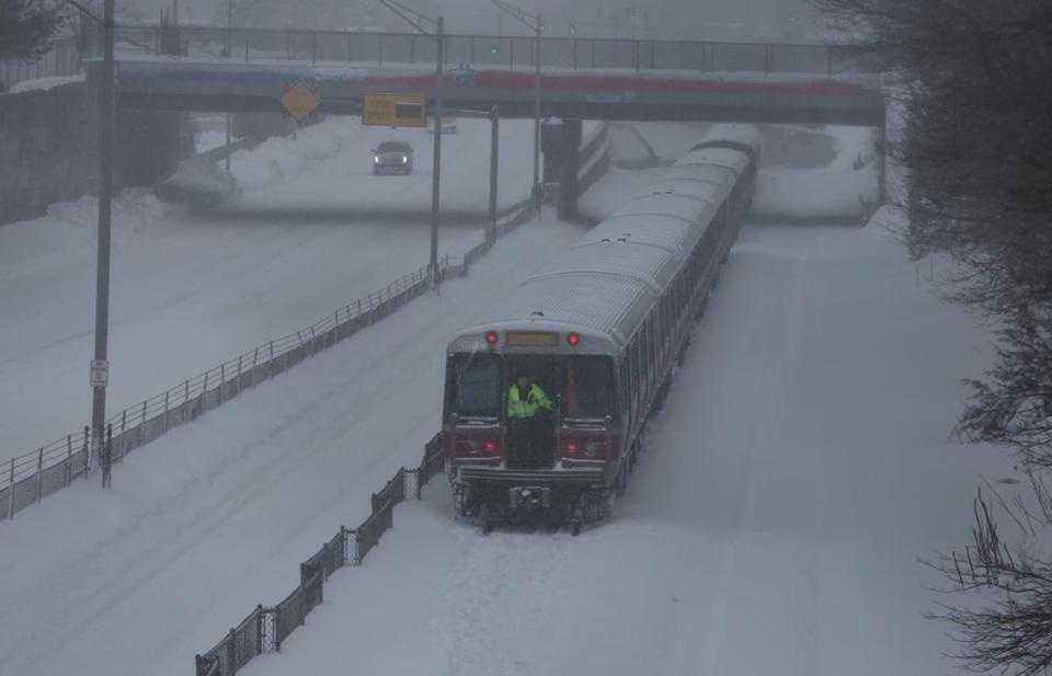 MBTA could cut weekend commuter rail service