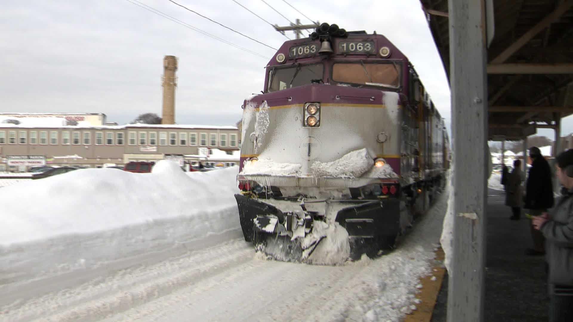 MBTA Commuter Rail Snow Winter GENERIC 021815 (1).jpg