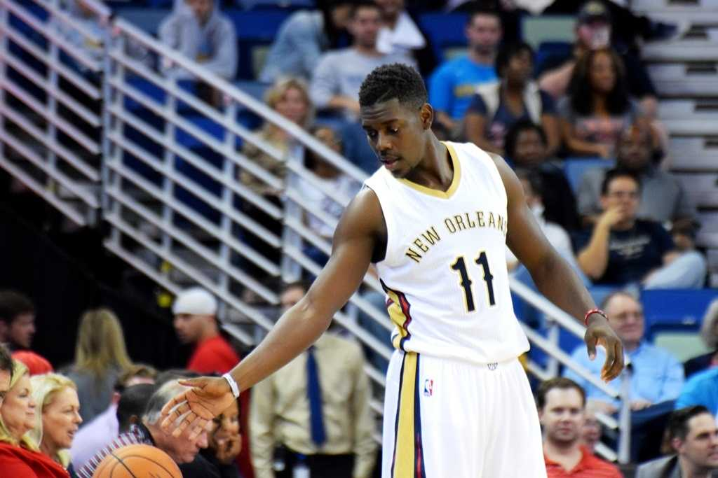 Pelicans' Jrue Holiday expected to return from leave of absence next week