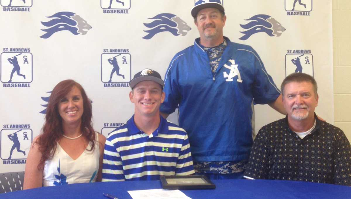Epperley signs with Toccoa Falls