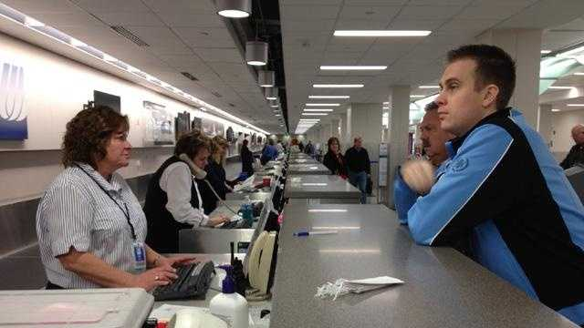 Airport Des Moines ticket counter generic - 30263138