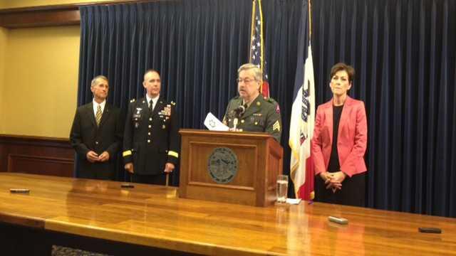 Governor uniform branstad