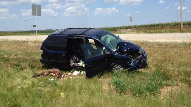 Crash highway 163 minivan