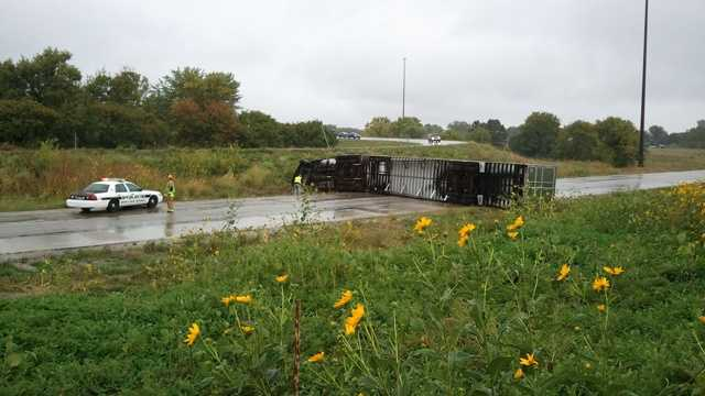 Semi crash cu