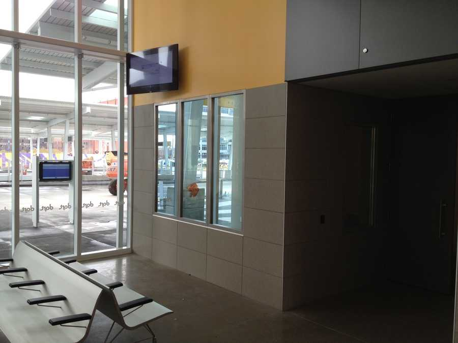 Corner office to be staffed by security personnel whenever Dart Central Station is open. Officers will be able to see bus platforms and the indoor waiting area.