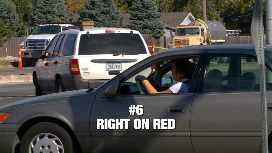 """KCCI viewers really don't like drivers who turn right on red, without checking oncoming traffic. """"They turn right on red, thinking that it's a right instead of a privilege,"""" said Bill Brunia."""