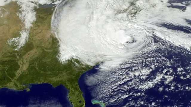 Sandy monday 330pm map