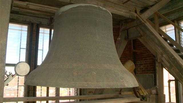 A bell in the Marshall County Courthouse will ring again.  KCCIs Angie Hunt reports.