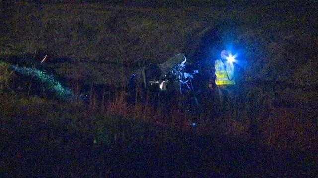 6 hurt in SUV crash, 1 dies