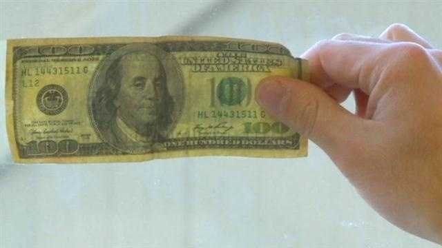 Police warn of counterfeit cash