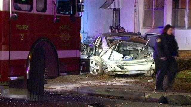 Des Moines Car v. House crash
