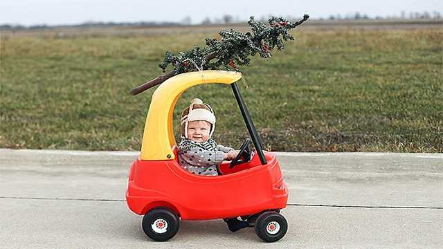 Kid car christmas tree