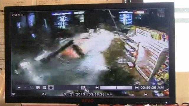 Bold burglar slams truck into convenience store