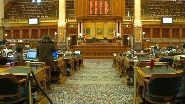 Should state budget surplus be refunded to taxpayers?