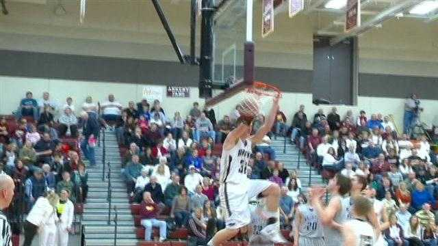 Friedman dunks Ankeny past Waukee, while Dowling and East girls roll