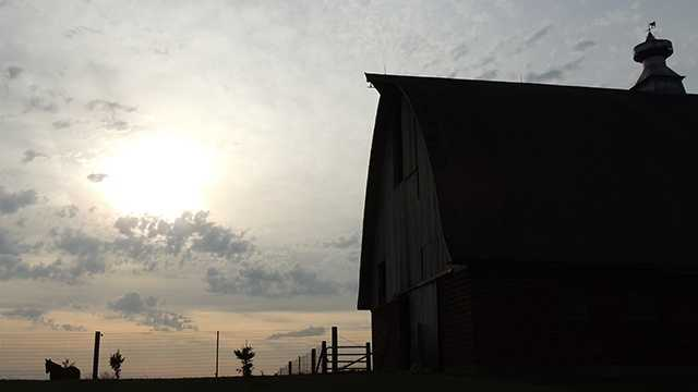 Farm barn iowa generic