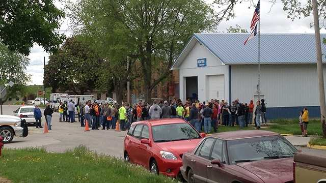 Hundreds of volunteers gather in Dayton to search for Kathlynn Shepard.