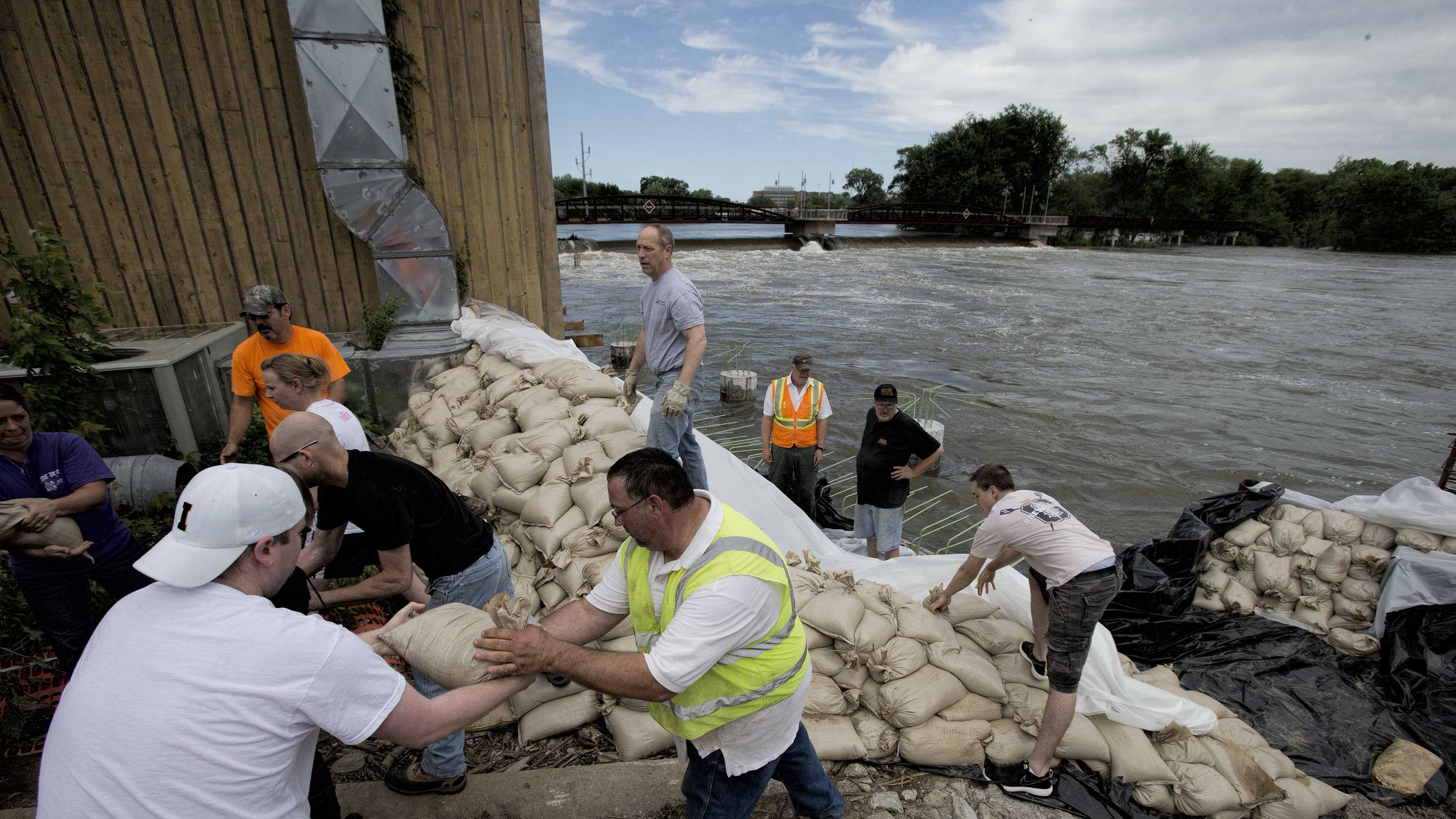 Iowa City flood sandbag