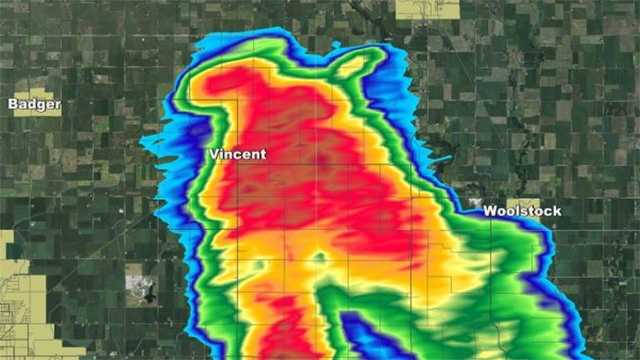 """""""Here is the KCCI radar at the time of the Vincent photos 12:42 pm. Clearing a hook with rotation on the NW side"""" said KCCI Chief Meteorologist John McLaughlin."""