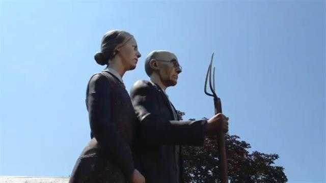The American Gothic sculpture is turning  heads in Indianola's Simpson College.
