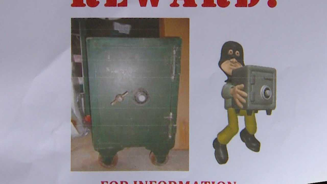 A vintage safe filled with $250,000 worth of silver bars and gold coins has been stolen, and the owner is offering a $5,000 cash reward for its return.