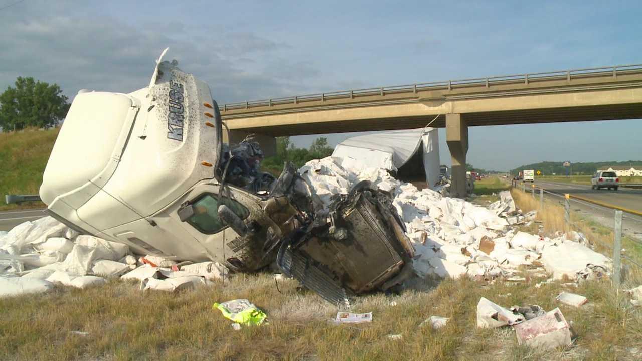 Driver dies after truck slams into I-80 bridge