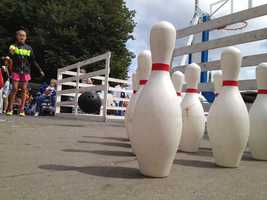 Iowa State Fair sidewalk bowling