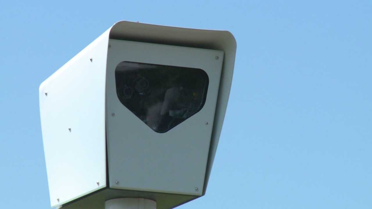 Crashes up at intersections with red light cameras