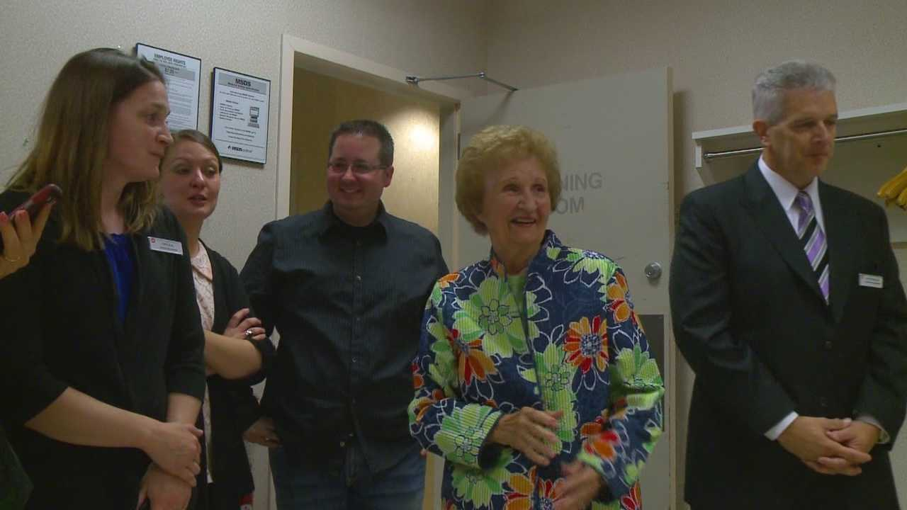 Peggy Nesbit works 50 years at same store.