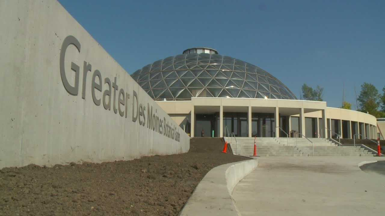 Greater Des Moines Botanical Gardens opens on Saturday