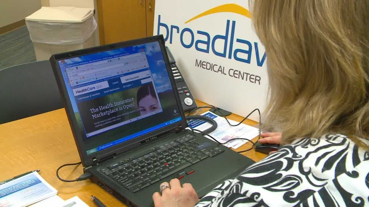 Experts advise you to wait a couple weeks before using the Affordable Care Act's new heath care marketplace website.