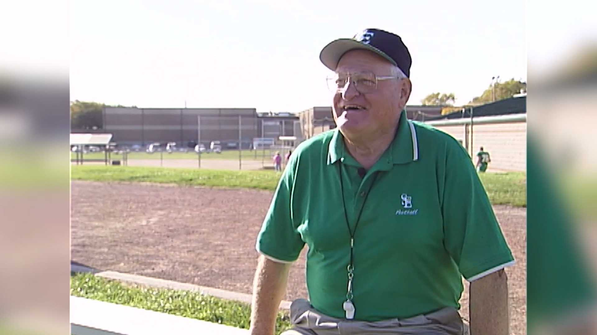 KCCI Sports featured Dick Tighe and the Fort Dodge St. Edmond Gaels in this segment during the 2006 season.