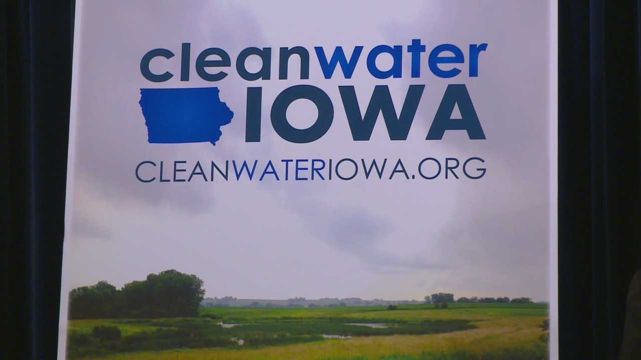 Gov. Terry Branstad is encouraging Iowans to check out a new water quality website that is supposed to help reduce water pollution.