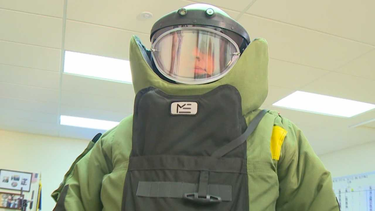 From responding to pipe bombs found in a Des Moines Park in September to blowing up suspicious substances, the Des Moines Bomb Squad is there.