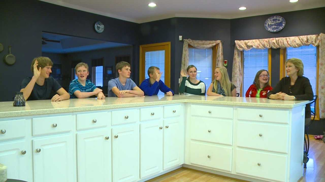 It's sweet 16 for the McCaughey septuplets.