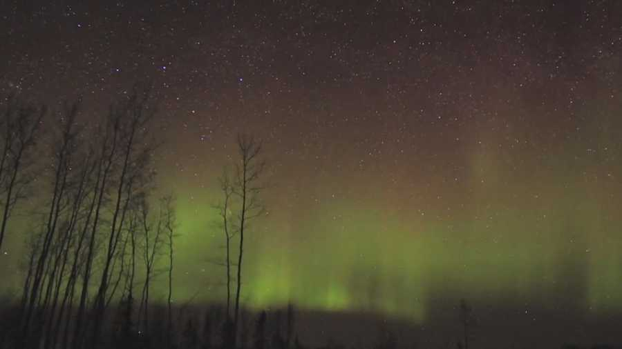 Northern lights possible over iowa tonight for Chance of seeing northern lights tonight