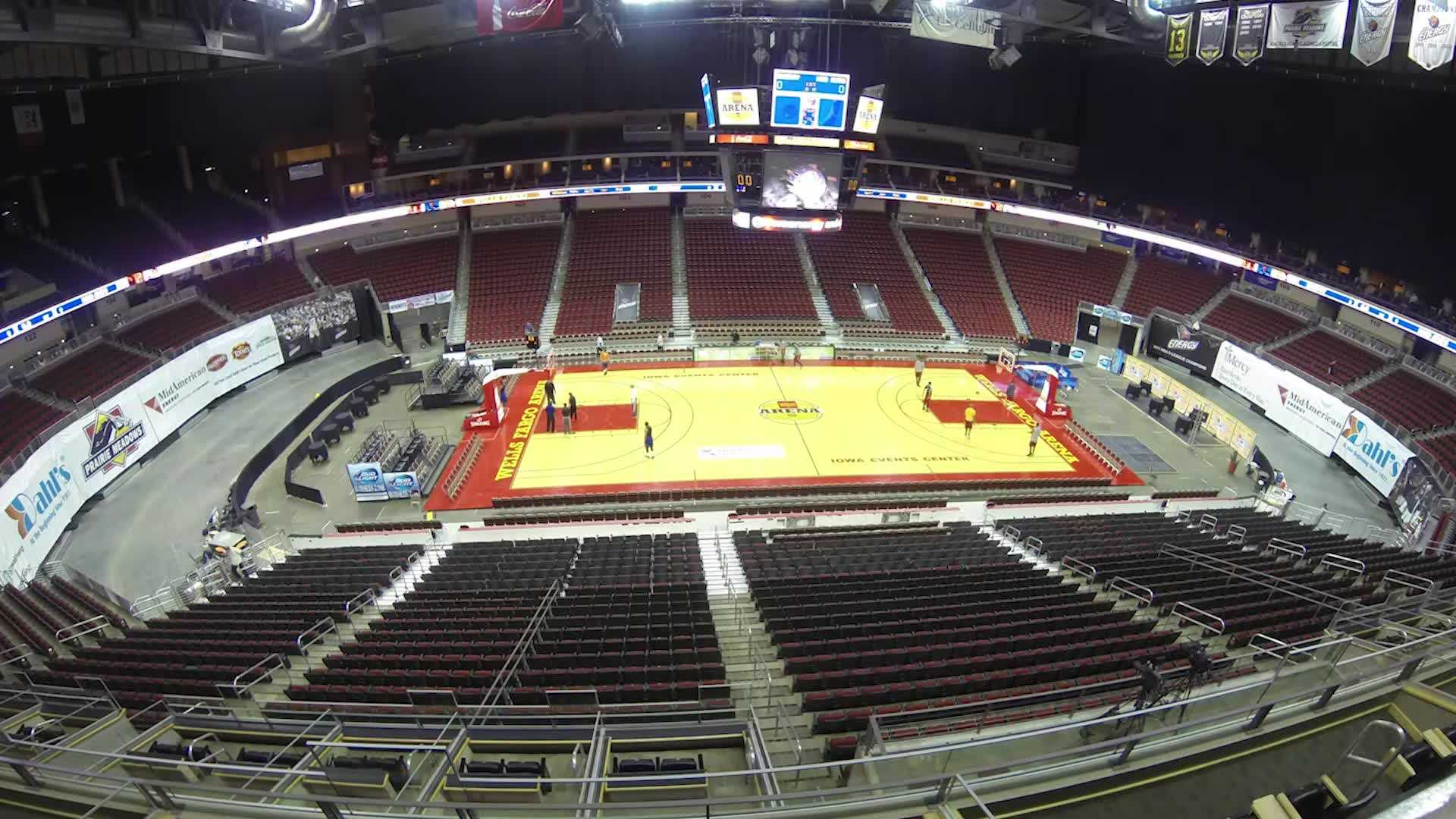Time lapse: Wells Fargo transforms from hockey to hoops