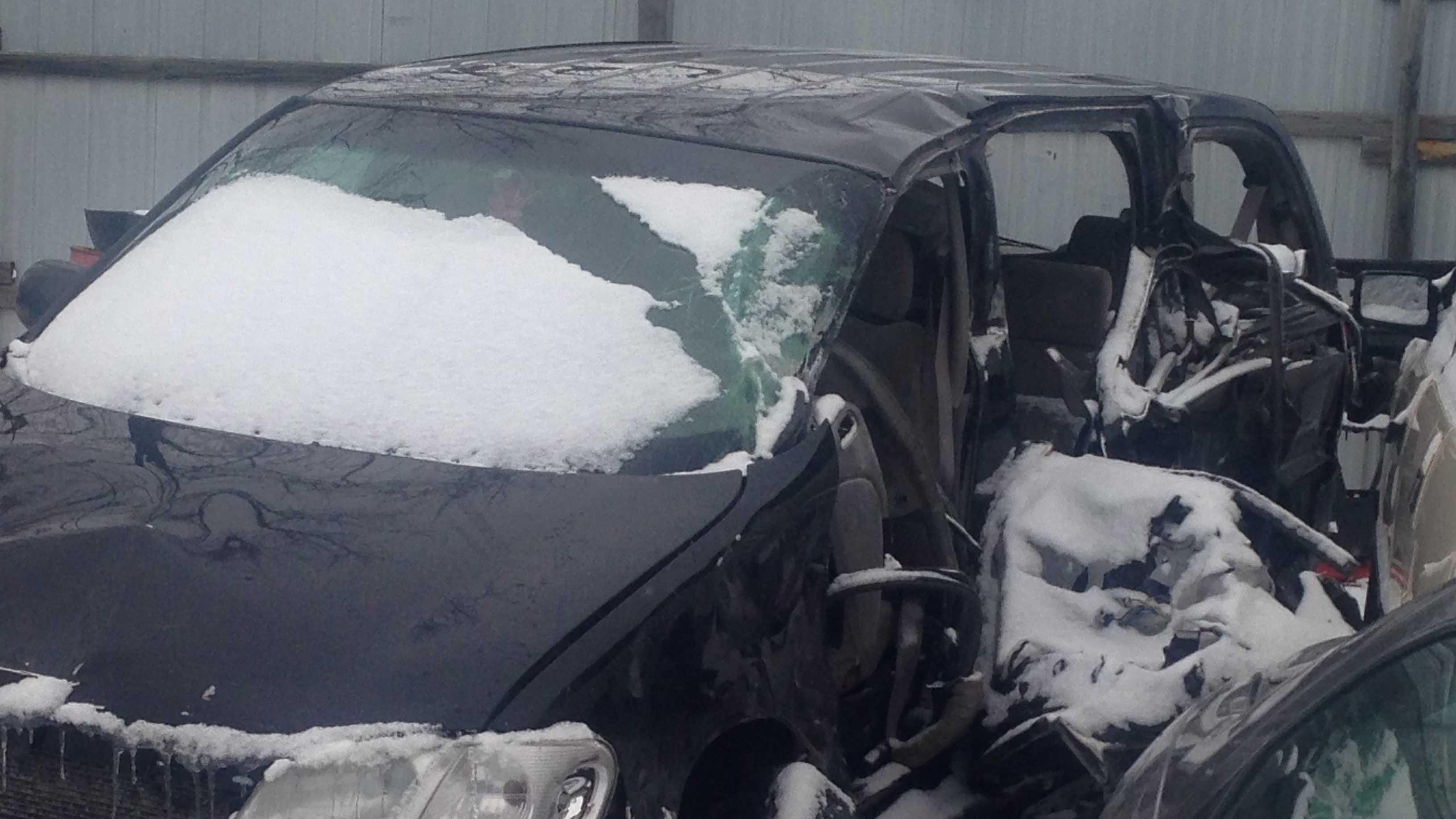 indianola fatal minivan semi crash