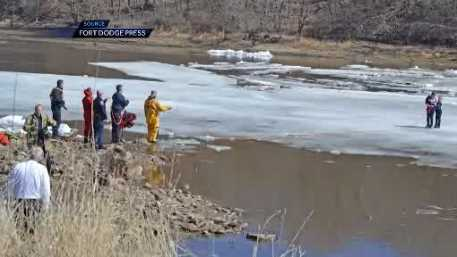 2 boys trapped on ice in river rescued